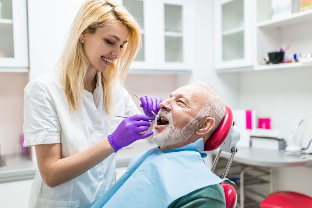 Affordable dental insurance for seniors in Chicago