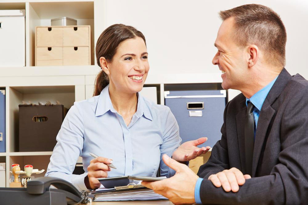 Things to consider while choosing a brokerage firm